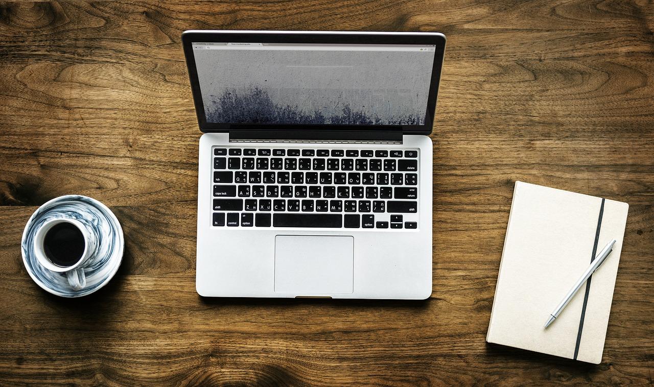 LifeBook U938 od Fujitsu to urządzenie idealne dla osób, które chcą mieć swojego laptopa zawsze przy sobie i są nieco wymagający odnośnie parametrów technicznych